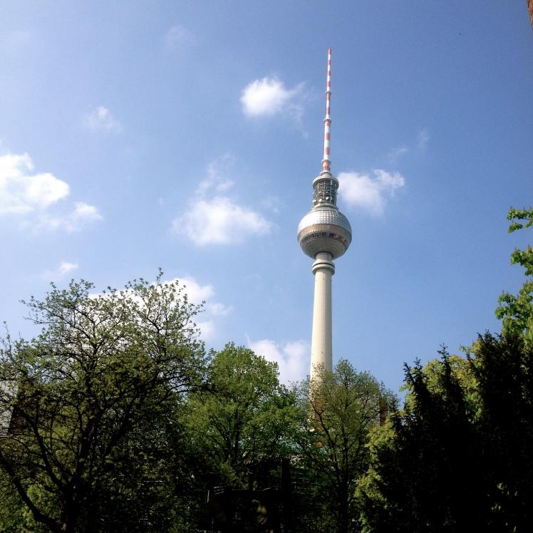 Berliner Fernsehturm in Spring