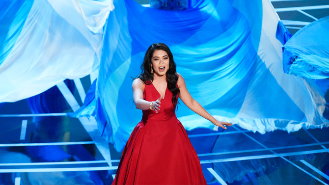 Moana Oscars Performance